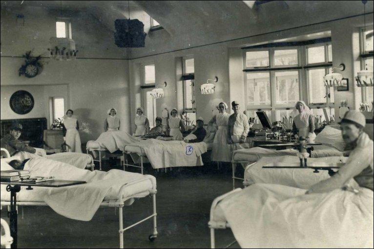 1912-hospital-bed
